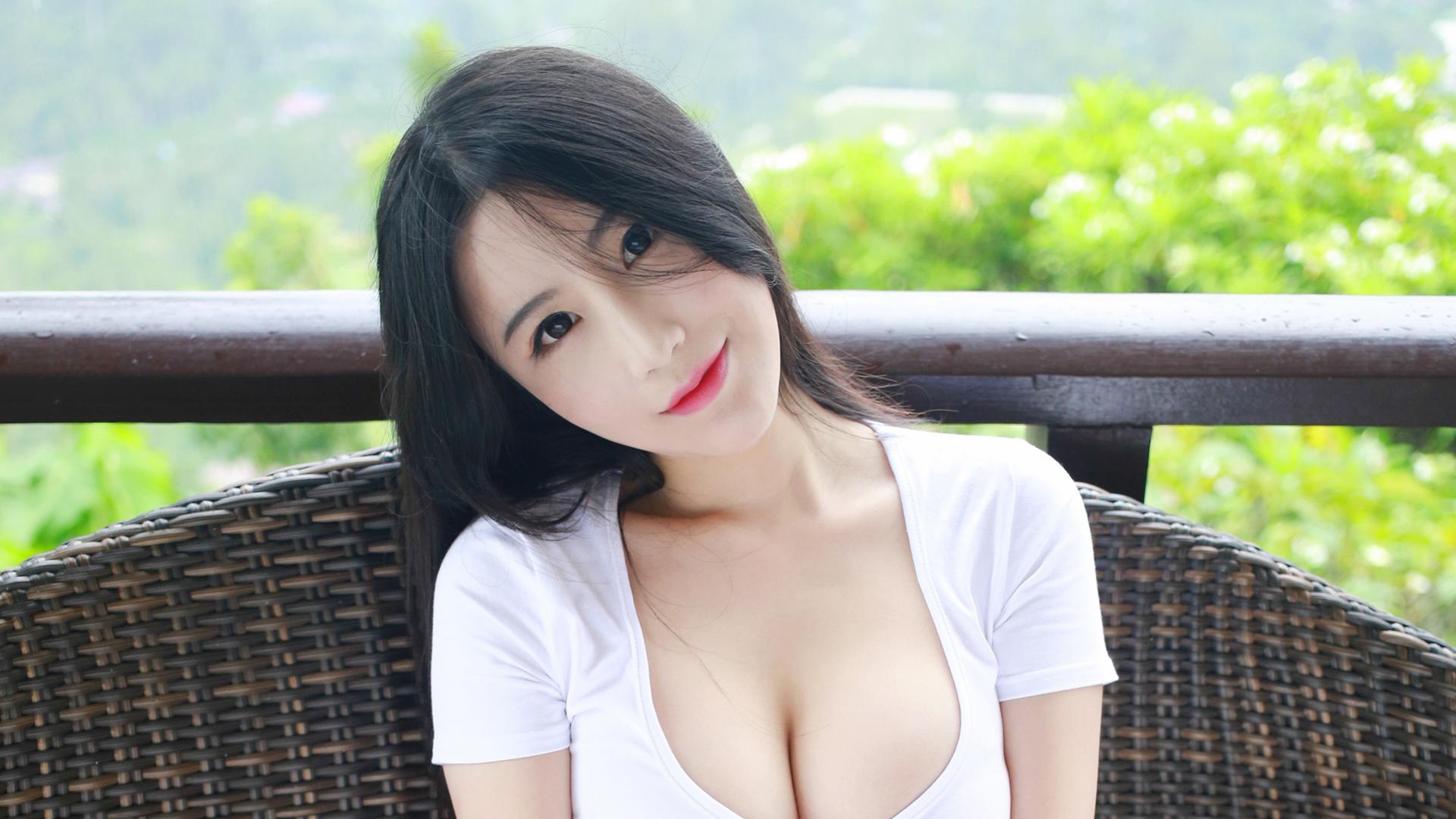 """情圣满枫:微信上和女生这样聊天, 让她快速跟你""""熟""""起来"""